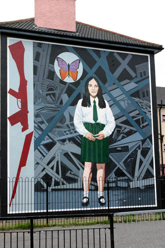 Derry Bed & Breakfast Bogside Murals 10