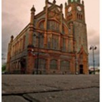 Derry Bed and Breakfast- Guildhall 7